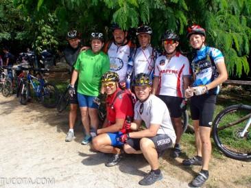 Grupo de Ciclistas 22-11-2013