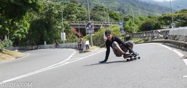 Distribuidor Altamira Skater en un slide