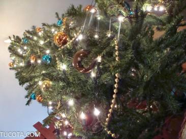 Feliz Navidad les desea tucota.com