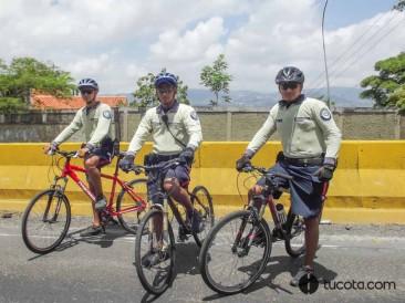 POLICÍA  DE SUCRE DE SERVICIO