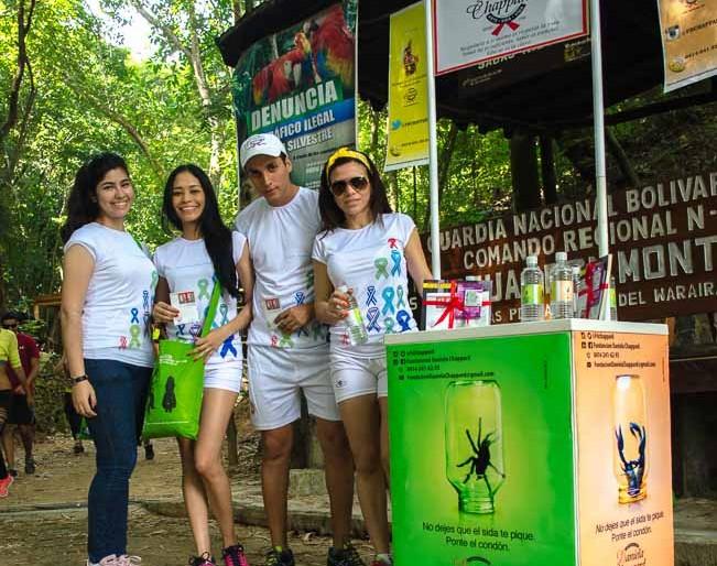 La gente de la Fundación Daniela Chappard en Sabas Nieves haciendo conciencia